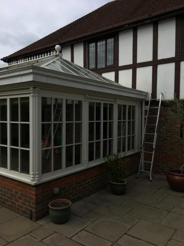 Stag Leys Close, Banstead – New rubber system to conservatory gutters